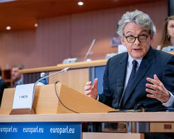 Tecnología: UE señala que las aplicaciones móviles de seguimiento del coronavirus deben ser voluntarias y cumplir con la privacidad